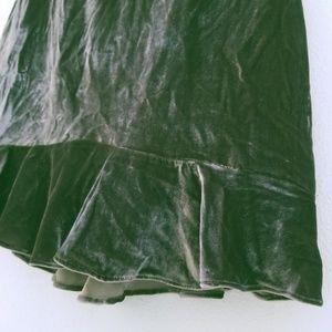 Madewell Skirts - Madewell Velvet Ruffle Edge Gray Mini Skirt